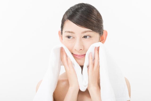 40代の肌のくすみは、洗顔料、化粧品で改善!おすすめ【6選】