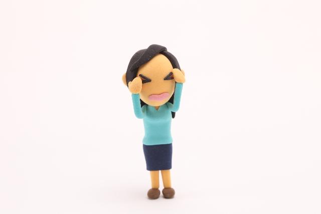 トリアの美顔器「スキン エイジングケアレーザー」痛い!